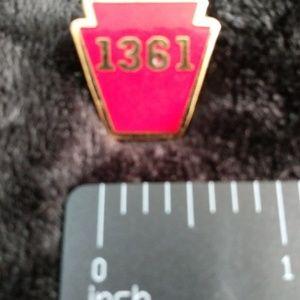 Jewelry - Railroad pin